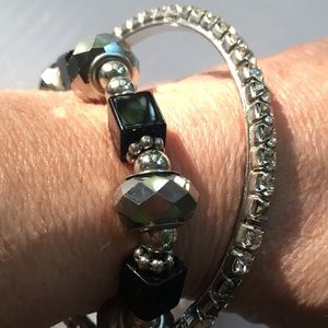 Jewelry - Pair of Bracelets Black Stretchy & Crystal Bangle